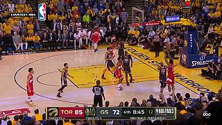 Finali NBA: I Toronto Raptors travolgono i Golden State Warriors