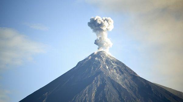 Rusya'da söndü bilinen volkan harekete geçti: Patlaması felaket olabilir