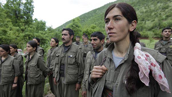 مقاتلون من حزب العمال الكردستاني بمنطقة في شمال العراق