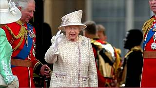 Военный парад в честь Елизаветы II