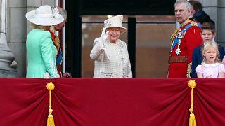 """""""Trooping the Colour"""": Queen feiert 93."""