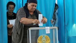 Kazakistan sandık başında: 7 aday var ancak Nazarbayev'in desteklediği Tokayev favori