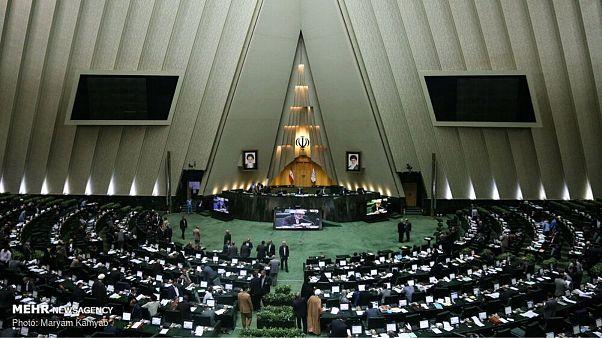 مصوبه مجلس ایران: اسیدپاشی به قصد ارعاب افساد فیالارض است