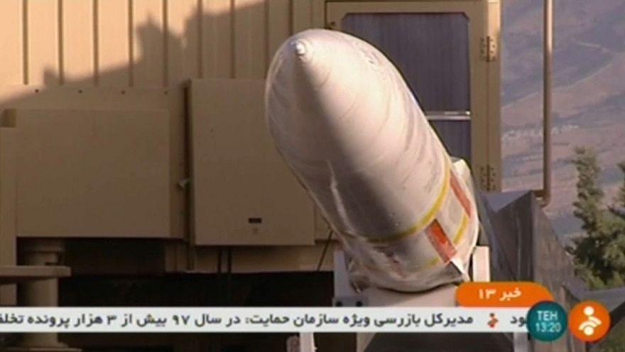 إيران تكشف عن منظومة دفاع متوسطة المدى تستهدف المقاتلات والطائرات المسيرة