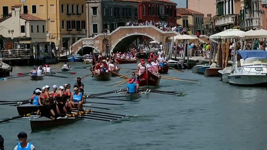 Venezia: 45 anni di Vogalonga