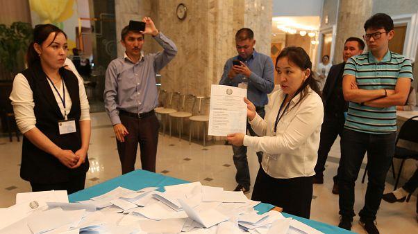 Токаев побеждает на президентских выборах - экзит-поллы