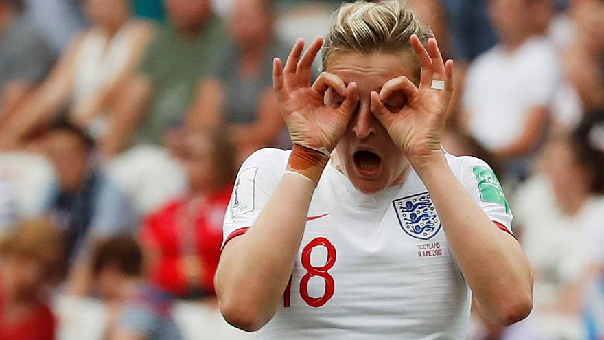 2019 Women's World Cup: England beat rivals Scotland in opener