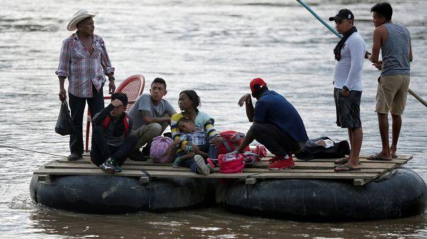 Los migrantes se apresuran a entrar en México