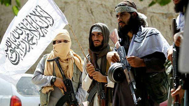 مشاور امنیت ملی افغانستان: کمر طالبان را تا ۴ ماه آینده میشکنیم