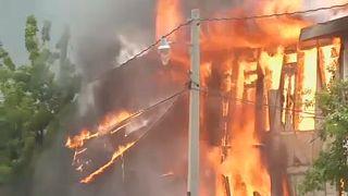 Halottak és felgyújtott épületek Haitin