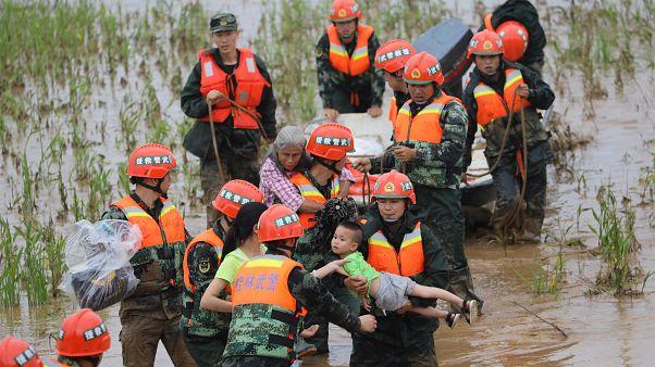 Καταρρακτώδεις βροχές σε πολλές περιοχές της Κίνας