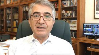 Karatepe: Türkiye'nin S-400 krizindeki 'uzlaşı politikası' TL'yi korudu