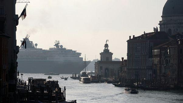 Un crucero entrando a Venecia el pasado fin de semana