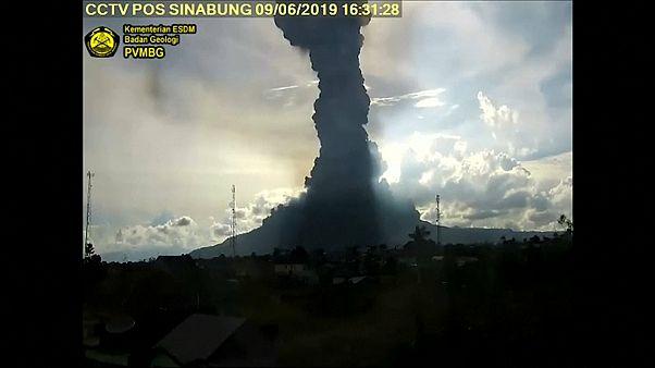 Суматра в дыму и пепле