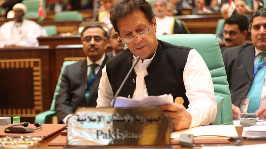 Steuerparadies Pakistan? Ministerpräsident Imran Khan fordert Bevölkerung zum Zahlen von Steuern auf