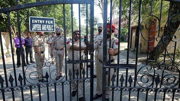 تجاوز به یک دختر ۸ ساله مسلمان در هند و قتل او؛ حبس ابد برای سه مرد هندو