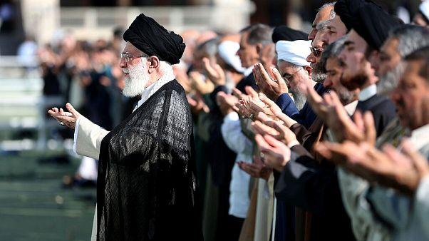 المرشد الاعلى للجمهوري الإسلامية في إيران علي خامنئي يوم عيد الفطر