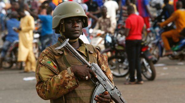 Μάλι: 100 νεκροί από επίθεση ενόπλων σε χωριό