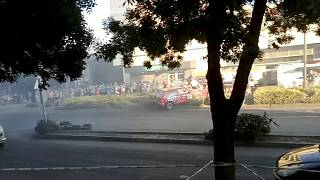 سائق سيارة يدهس متفرجين خلال مشاهدتهم رالي توتكوملوس في المجر
