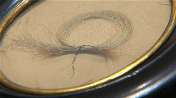 Lock of Beethoven's hair goes up for auction