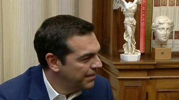 """Griechen wählen """"ohne Zustimmung der Troika"""""""