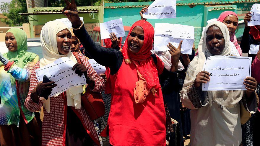 منتمون لتحالف المعارضة السودانية يتظاهرون في اليوم الثاني للاضراب
