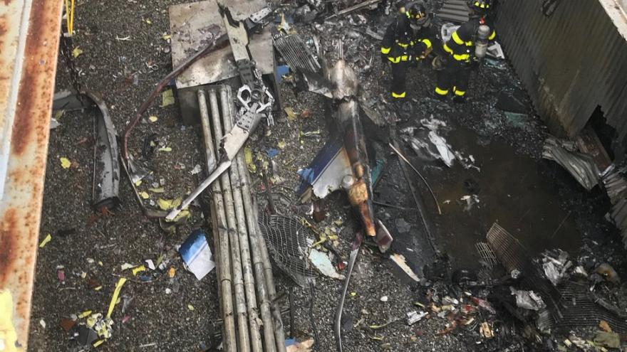 Muere el piloto del helicóptero estrellado en Nueva York
