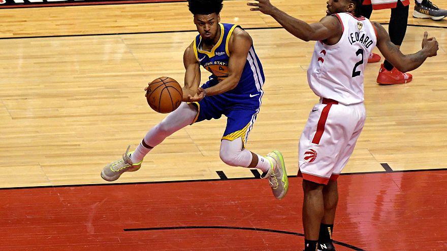 NBA: Raptors (3 victorias) 105-106 Warriors (2 victorias)