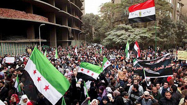 مصريون وسوريون يتظاهرون ضد النظام السوري في القاهرة