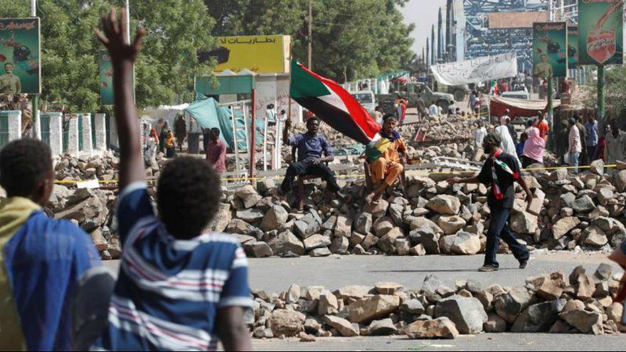 پس از سقوط عمر البشیر در سودان چه میگذرد؟