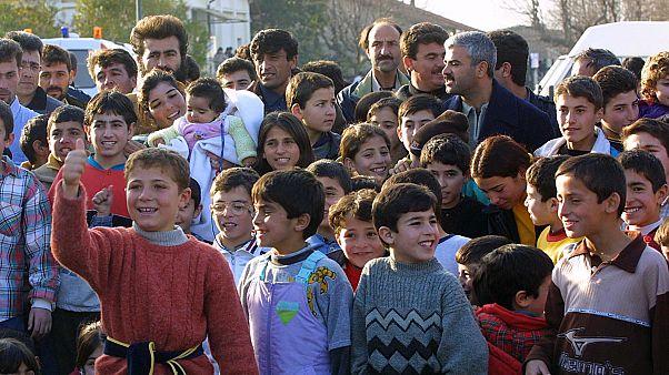 Türkiye,  IŞİD'e katılan iki eşli ve 9 çocuklu militanı ailesiyle birlikte Fransa'ya teslim etti