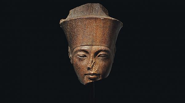 Egipto busca detener la subasta de una estatua de Tutankamón en Londres