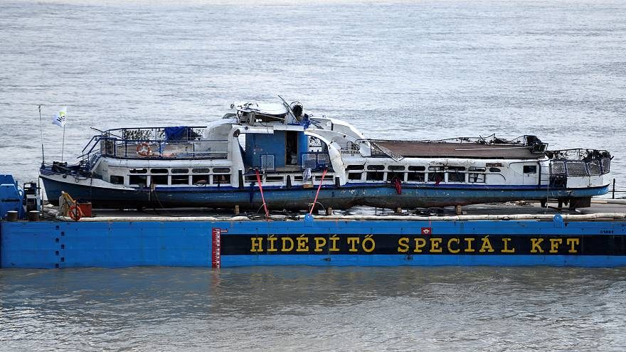 Трагедия на Дунае: катер поднят