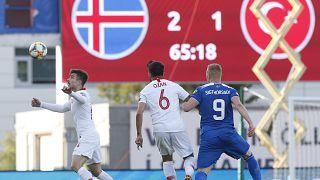 Ay yıldızlılar gruptaki ilk yenilgisini aldı: İzlanda 2-Türkiye 1