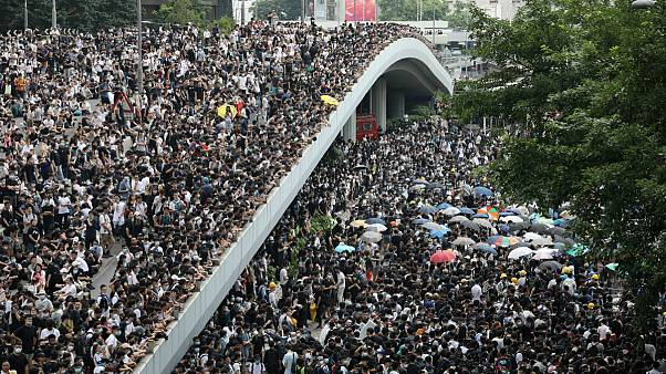عقبنشینی دولت هنگکنگ؛ رسیدگی به «لایحه استرداد» به تعویق افتاد