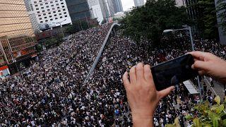 Hong Kong: los manifestantes frenan el debate sobre la ley de extradición