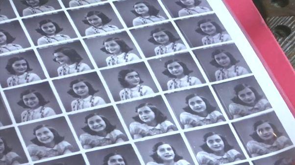 Múzeumban Anne Frank apjának levelei
