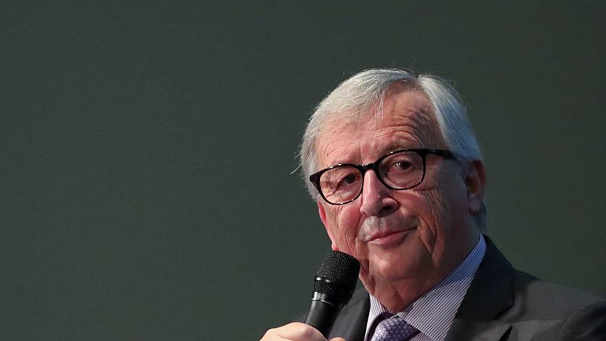 Juncker: İncitici yorumlardan kaçınmak için sosyal medyadan uzak duruyorum
