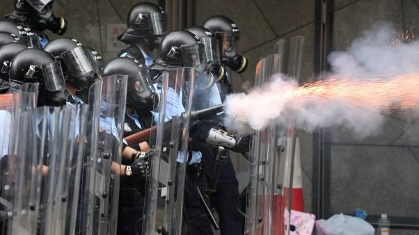 Clashes in Hong Kong amid anger over proposed extradition bill