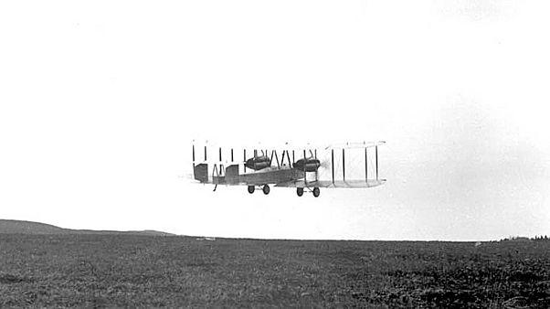 Türklere esir düşen İngiliz pilotun Atlantik'i ara vermeden geçişinin 100. yılı