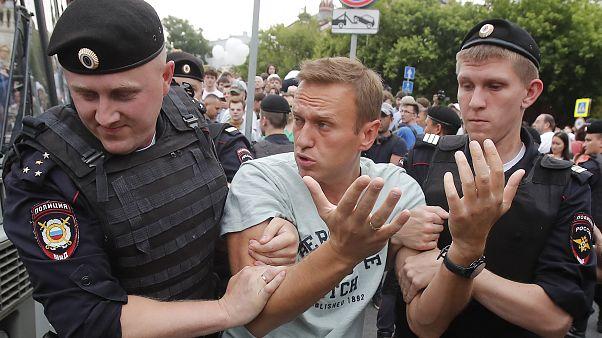 Mosca: più di 500 fermi alla marcia non autorizzata per il giornalista Ivan Golunov