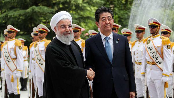 آبه در دیدار با روحانی: از ایران میخواهم به برجام پایبند بماند