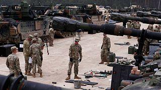 آمریکا ۱۰۰۰ نظامی دیگر به لهستان گسیل میکند