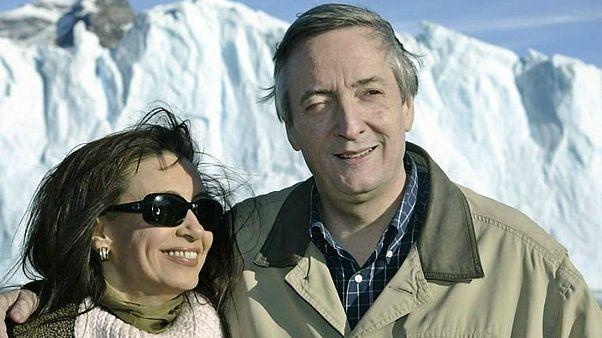 Arjantin: Manastırda para dolu poşetlerle yakalanan eski devlet görevlisine 6 yıl hapis