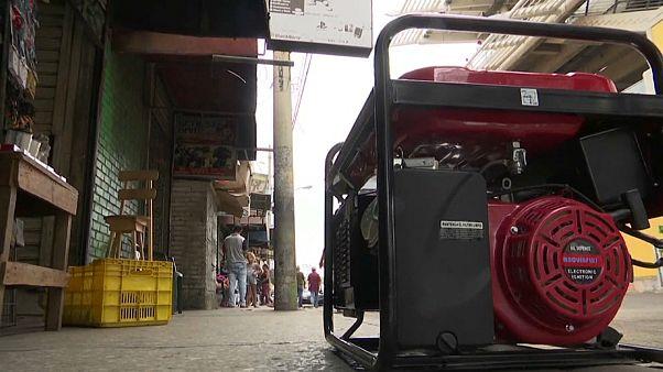 """Los apagones """"encienden"""" el negocio de los generadores en Venezuela"""