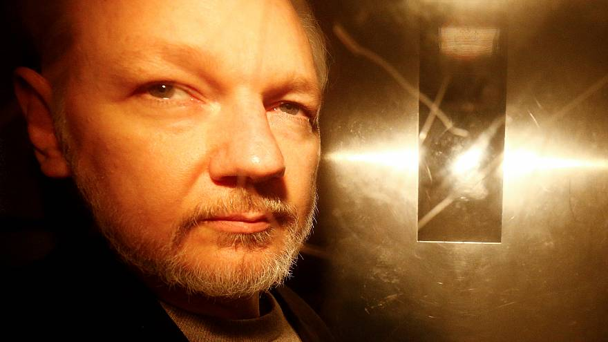 İngiltere İçişleri Bakanı: Assange'ın ABD'ye iade kararını onayladım