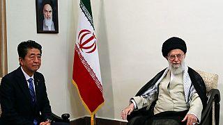 Japon Başbakan Abe ile görüşen İran lideri Hamaney: Trump cevaba layık değil
