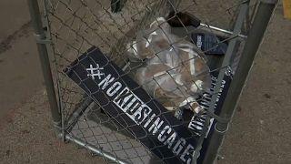 """No Kids in Cages"" choca nova-iorquinos"