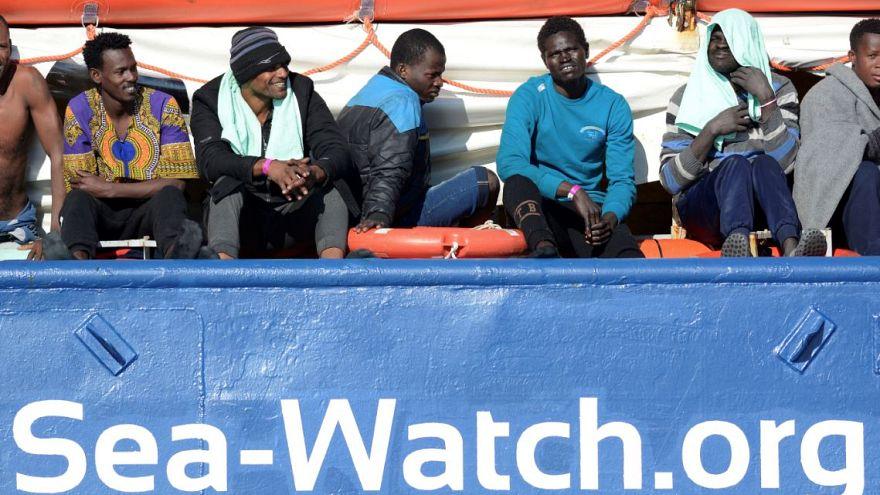 Nuovo scontro Salvini-Sea Watch sui migranti