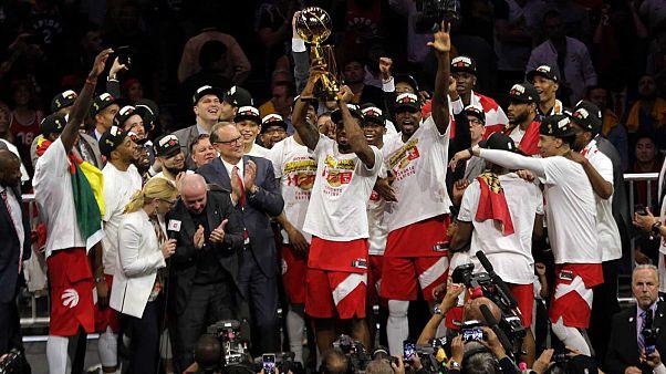 NBA : premier titre pour les Raptors de Toronto
